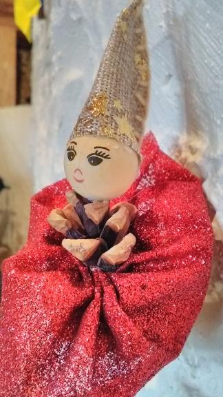 Figurine Elisabeth Bacher
