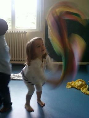 enfant danse (Large)